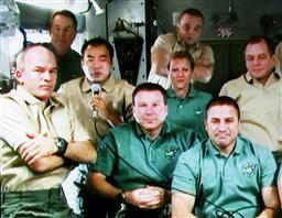 国際宇宙ステーションノクルー・映像通じて記者会見.jpg